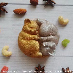 Шоколад ручной работы. Коты Инь-Ян