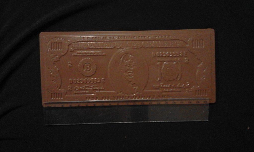 Шоколад ручной работы. Шоколадные 100 долларов