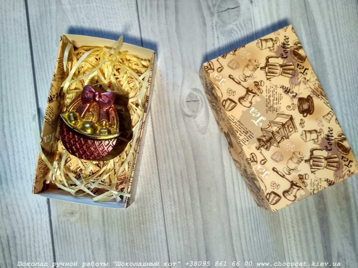 Корзинка из шоколада в коробке