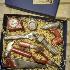 Инструменты из шоколада